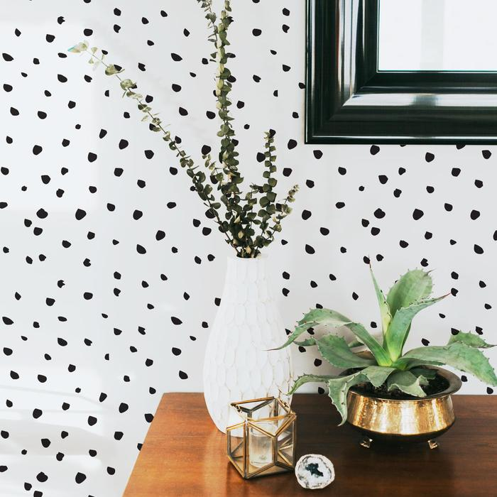 removable-wallpaper-dots-bedroom