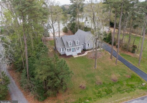 120 Watermans Way, Reedville, VA 22539