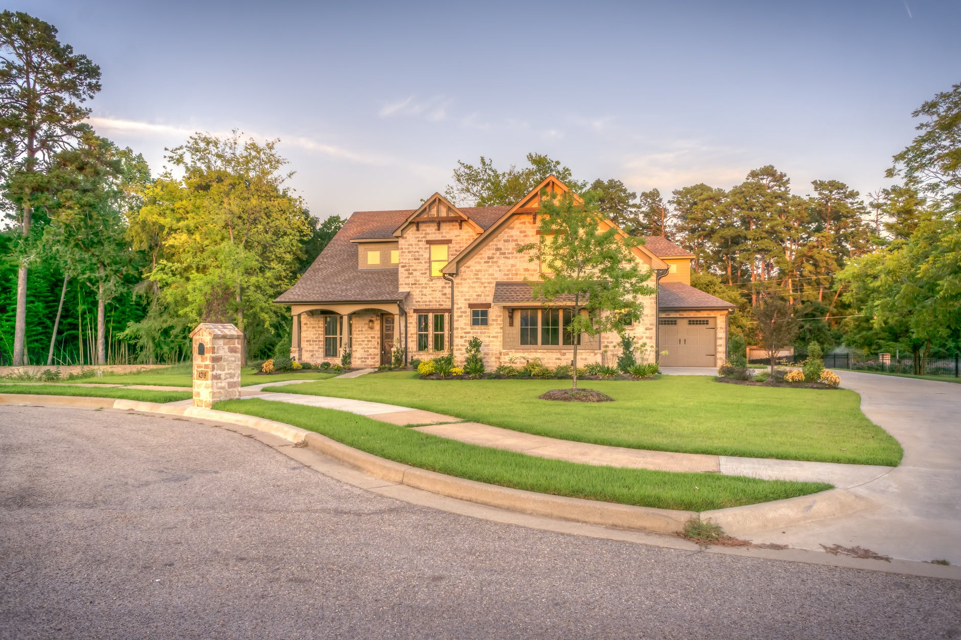 house exterior curb appeal